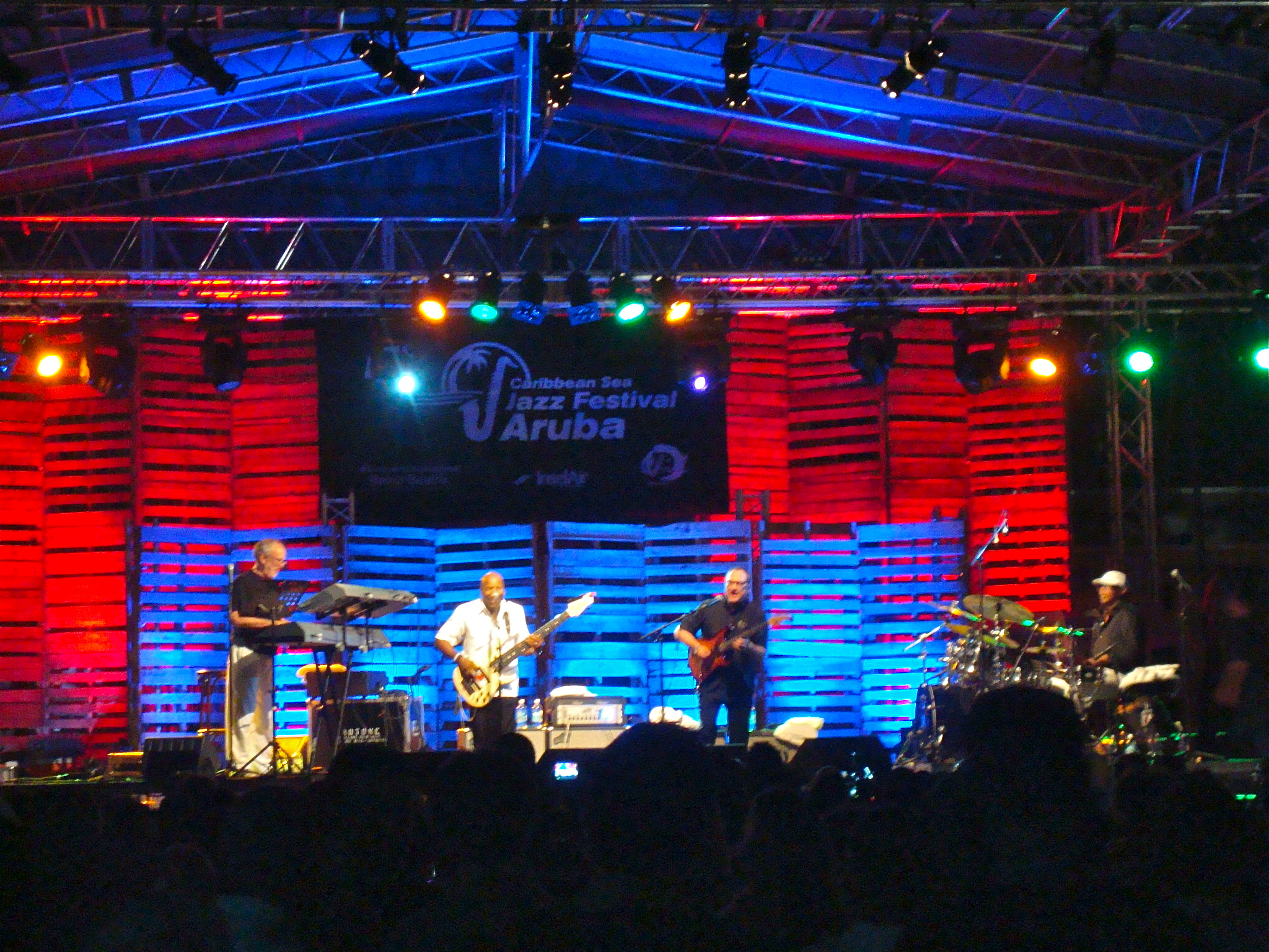 Fourplay @ the Caribbean Sea Jazz Festival in Aruba « Fourplay